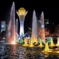 В Астане запустили фонтаны